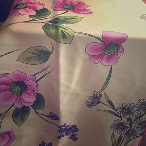 "100% silk scarf 44"" long floral pattern"